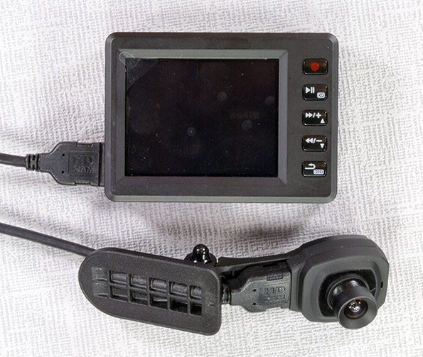 Автомобильный видеорегистратор с выносной камерой и датчиком движения зарядное устройство для видеорегистратора texet