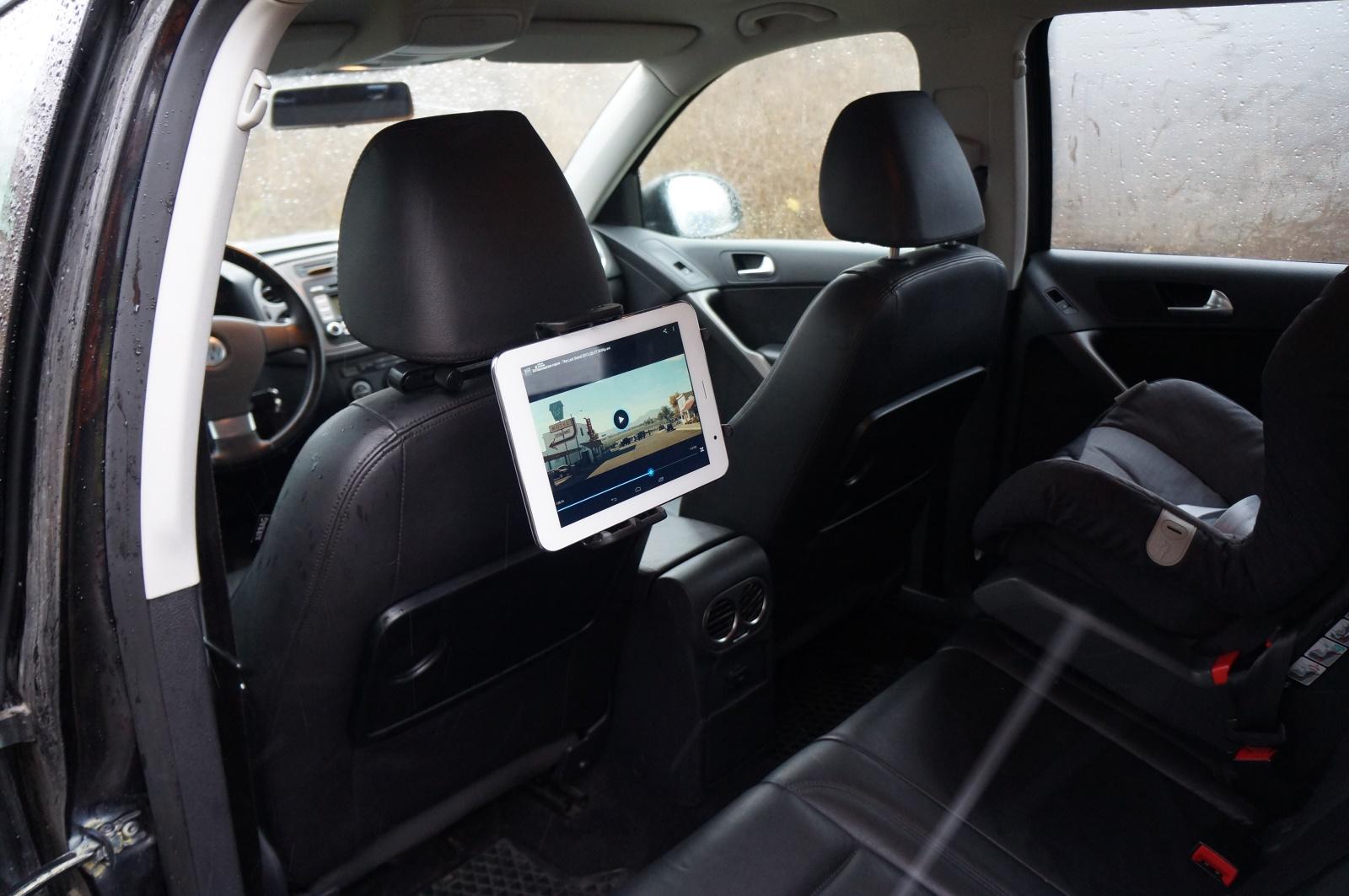 как установить планшет в автомобиль в крышу