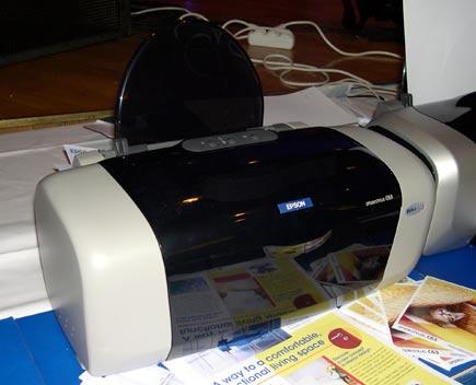 Продаю принтер EPSON Stylus C63. Тип принтера: четырехцветный (CMYK)Технол