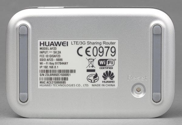 Внешний вид роутера Huawei AF23
