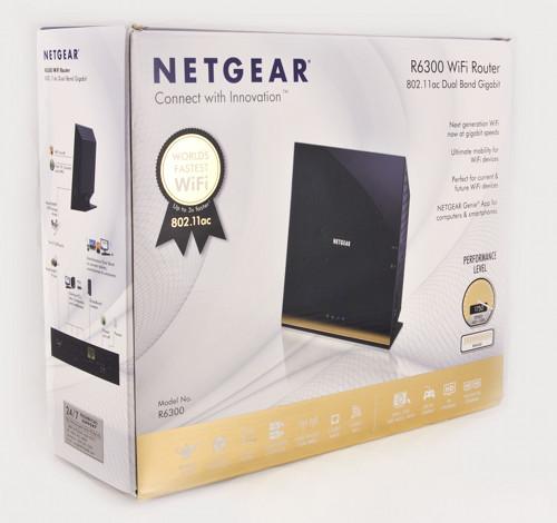Упаковка роутера Netgear R6300