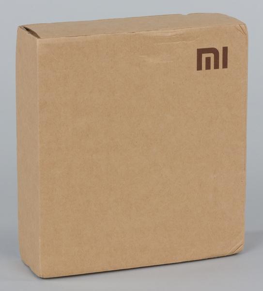 Упаковка Xiaomi Mi Wi-Fi Mini