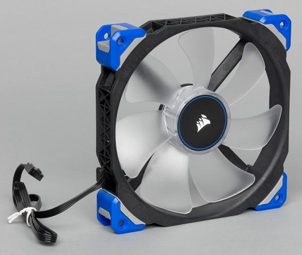 Corsair ML140 Pro LED Blue