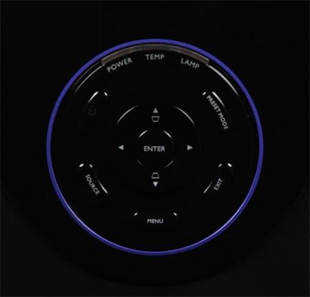 Проектор BenQ W7000, внешний вид