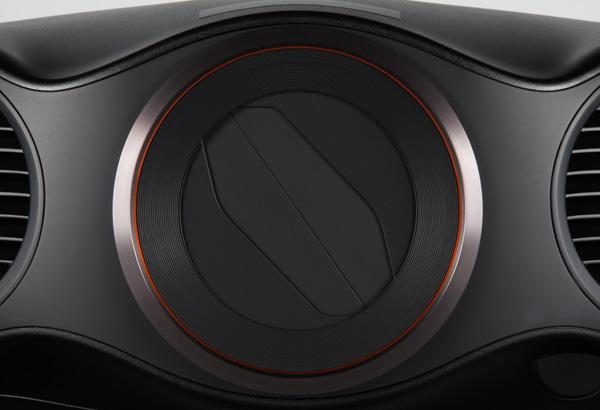 Проектор Epson EH-LS10000, объектив