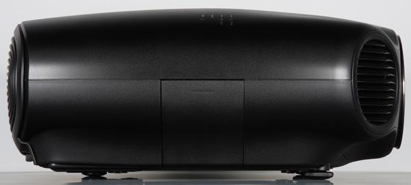 Проектор Epson EH-LS10000, правая поверхность