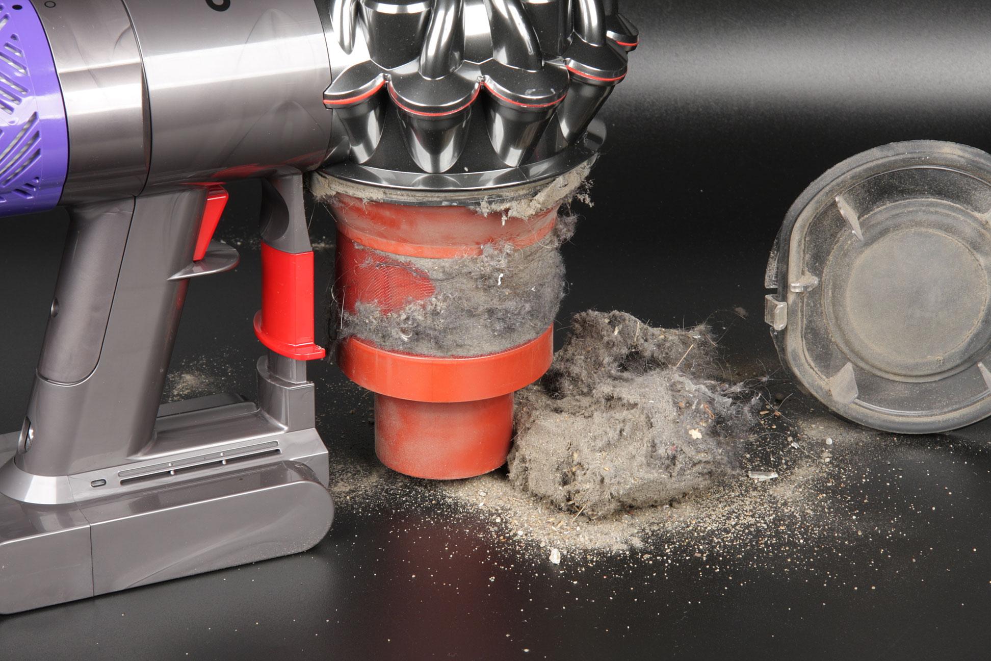 как почистить фильтр пылесоса дайсон v6
