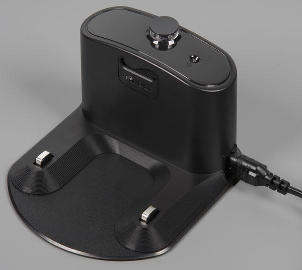 робот-пылесос iRobot Roomba 980, база