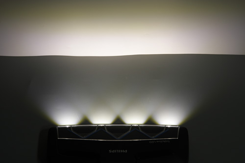 Пылесос Philips Performer Ultimate (FC8924/01). TriActive LED