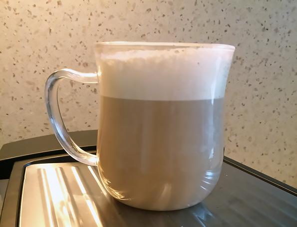 Рожковая кофеварка Sinbo SCM 2944