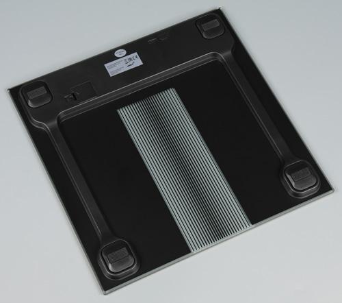 Напольные весы Unit UBS-2210. Вид снизу