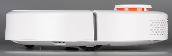 Xiaomi Mi Robot Vacuum, вид слева