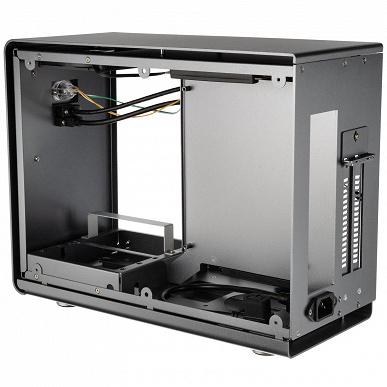 Корпус Kolink Rocket V2 рассчитан на платы типоразмера mini-ITX