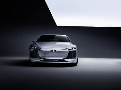 Мощность 475 л.с. и запас хода 700 км. Audi представила A6 e-tron  предвестник полностью электрической A6