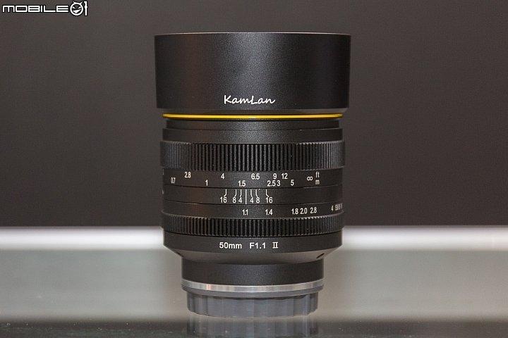 Kamlan-50mm-f1.1-II-lens3.jpg