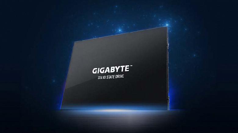 WCCFTech-GIGABYTE-UD-PRO-SSD_Page_1_0_la