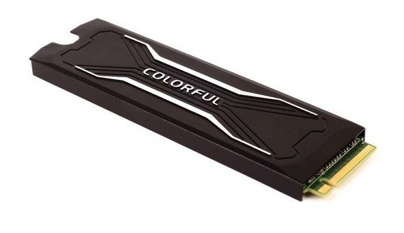 WCCFTech-Colorful-m.2-SSD-3.jpg