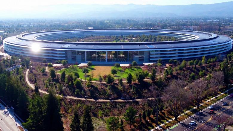 Apple занимает лишь четвертое место в рейтинге Fortune 500, но получает больше всех прибыли