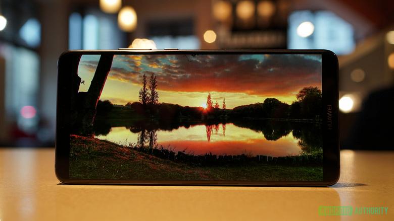 Huawei-Mate-10-Pro-HDR10-display_large.j