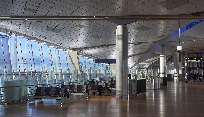 Аэропорт Осло первым в Европе внедрил систему распознавания лиц IDEMIA MorphoFace