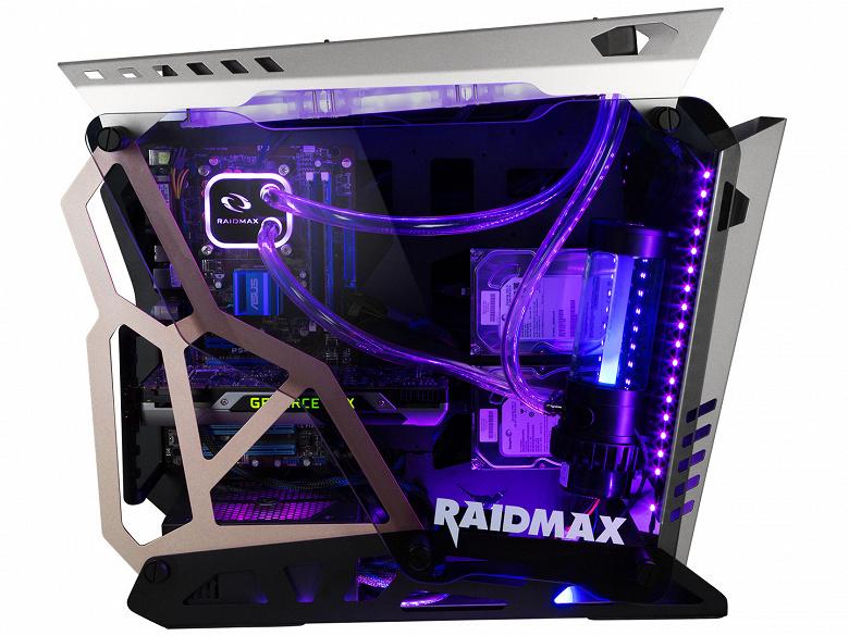 Стенки компьютерного корпуса Raidmax X08 не прилегают друг к другу