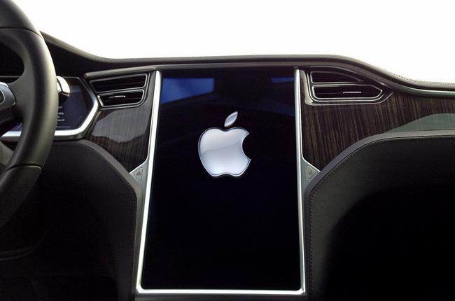 Tesla-Touchscreen-Apple-Logo.png