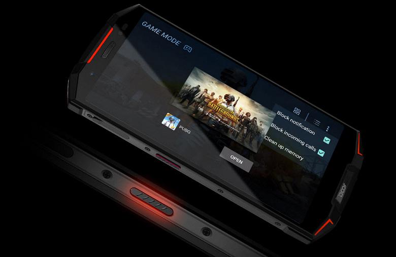 Смартфон Doogee S70 получил игровой режим, геймпад и защиту IP69
