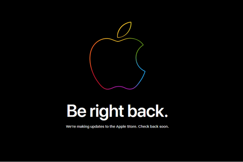 Apple-takes-its-online-store-down-to-pre