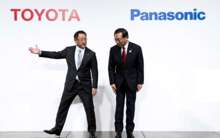 Panasonic_toyota_1.jpg