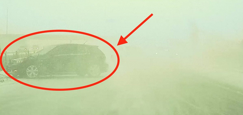 Tesla-Autopilot-snowstorm_large.jpg