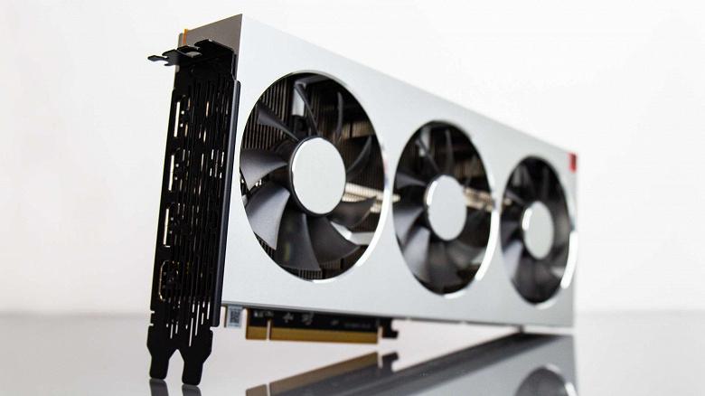 AMD-Radeon-VII-unboxing_large.jpg