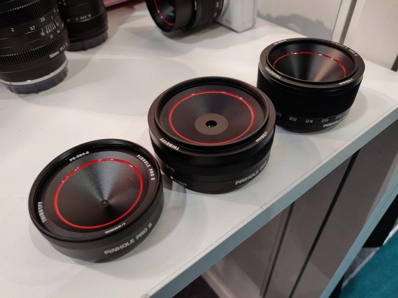 Thingyfy-Pro-X-pinhole-zoom-lens-1_large