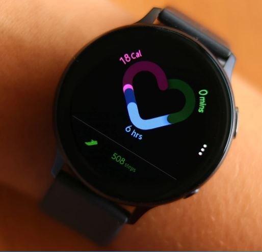 Умные часы Samsung Galaxy Watch Active 2 наконец-то научились снимать ЭКГ