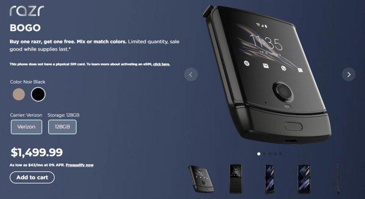 Раскладушка Motorola Razr 2019 провалилась? В США уже продают два смартфона по цене одного