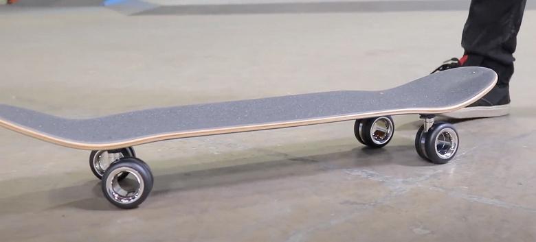 Абсурдным 700-долларовым колёсикам Apple Mac Pro Wheels Kit нашлось применение — их прикрепили к скейтборду