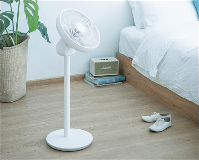 Мощный вентилятор-трансформер Xiaomi SMartmi работает 20 часов без подзарядки