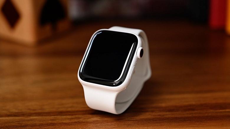 Apple бесплатно отремонтирует Apple Watch, которые не заряжаются