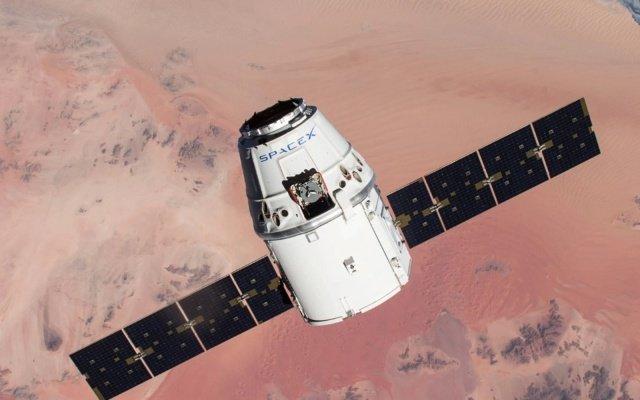 SpaceX впервые в истории запустит в космос четырех гражданских