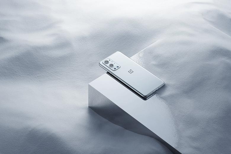 Спрос на OnePlus 9 с камерой Hasselblad оказался запредельным: сразу же после открытия предзаказов телефон заказали сотни тысяч желающих
