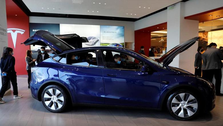 LG надеется в 2023 году выпускать аккумуляторы для электромобилей Tesla в США или Европе