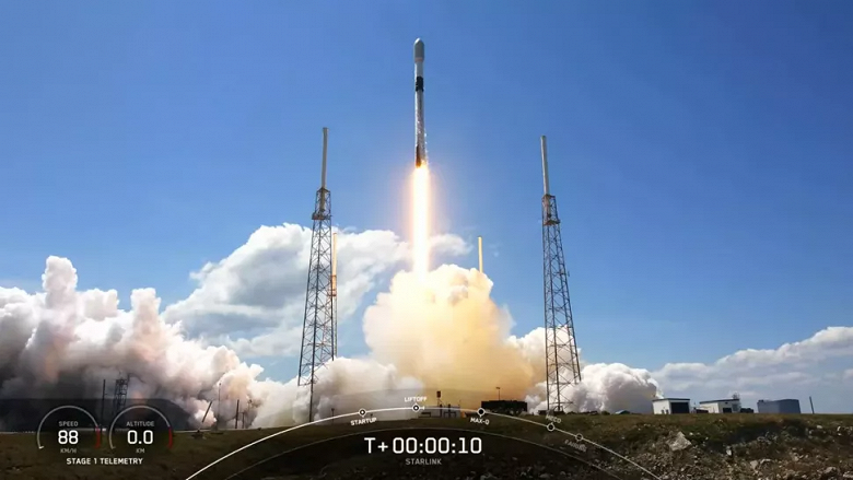 SpaceX запустила партию спутников Starlink на орбиту и снова успешно вернула Falcon 9 на Землю