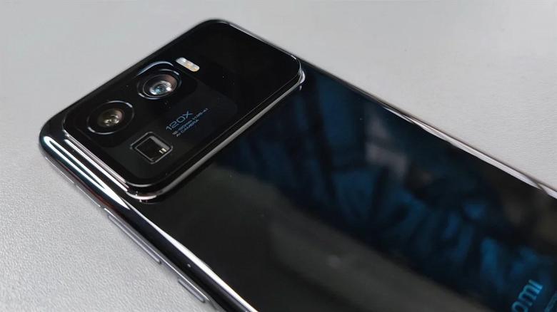 Материнская плата для смартфона по цене нового телефона. Объявлена стоимость послегарантийного ремонта Xiaomi Mi 11 Ultra