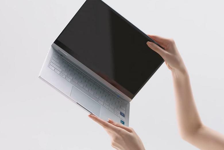 14-дюймовый ноутбук Samsung Galaxy Book Go с Windows 10 Home оценен всего в 350 долларов