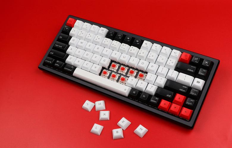 Пользователи смогут заменять переключатели в механической клавиатуре Epomaker AK84S