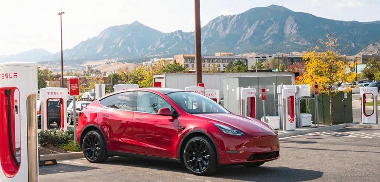 Tesla отзывает некоторые электромобили Tesla Model 3 и Model Y ради безопасности пользователей