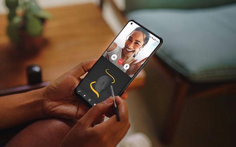 Стартовали продажи недорогого смартфона Motorola со стилусом, огромным экраном и внушительным аккумулятором