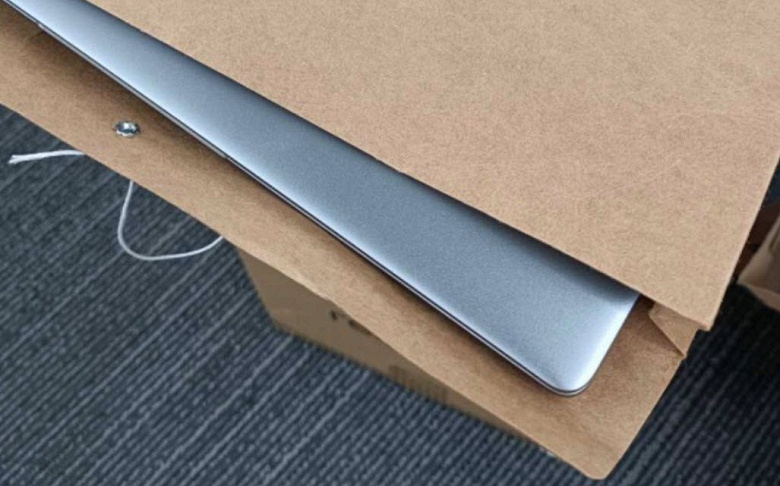 Первый ноутбук Realme показали вживую