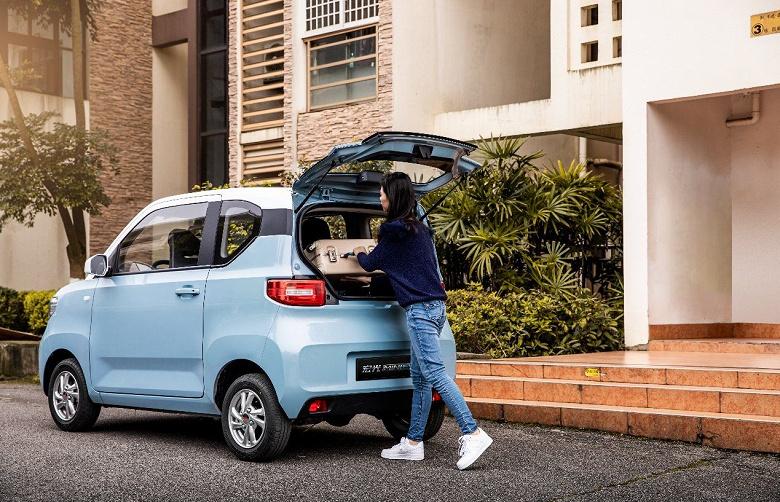 Самый дешёвый электромобиль может обогнать все электромобили, вместе взятые, по продажам в Китае