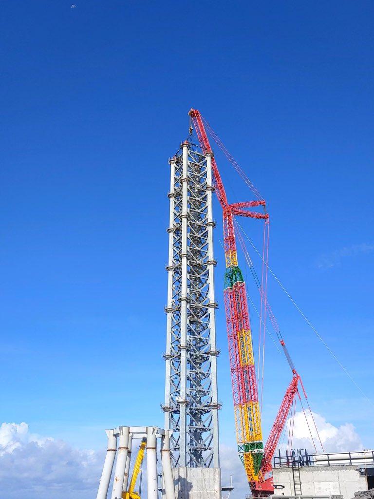 Илон Маск показал гигантскую ракету Super Heavy. Прототип Booster 3 готов для проведения испытаний