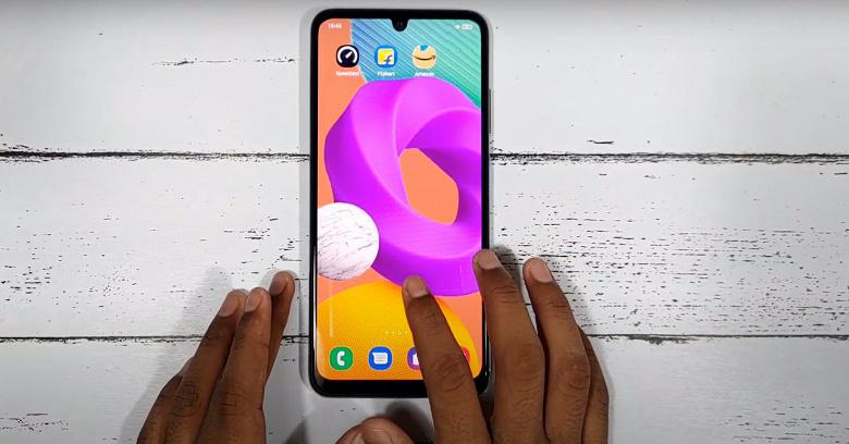 Недорогой смартфон Samsung с экраном Super AMOLED, 90 Гц и 6000 мАч. Распаковку и комплект поставки Samsung Galaxy F22 показали в видеоролике